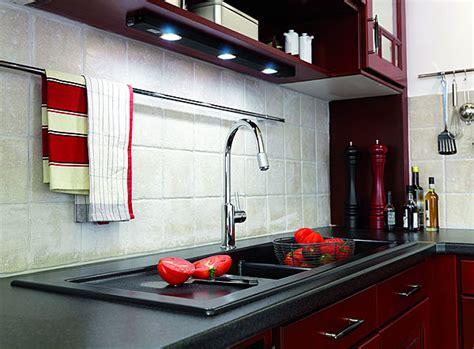 carreaux adh駸ifs cuisine quel mat 233 riau pour la cr 233 dence galerie photos d