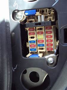 Fusible Radio Nissan Micra