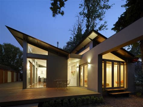 single story house designs single story bungalow house single story modern house