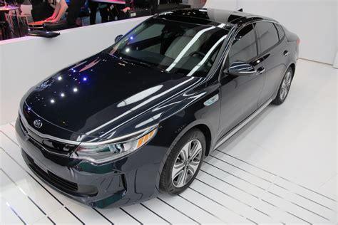bolt ev pros  cons hybrid sedans model  video oil