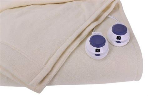 9 Best Top 9 Best Heated Blanket In 2017 Reviews Images On Pinterest How To Make A Weighted Blanket For Toddler What Is Purchase Order Child Sleeps With Over Head Agreement Far Swaddle Zipper Pendleton Wool Stadium Ziggy Baby Wrap Diy Ladder Dowels
