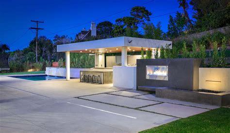 outdoor kitchen ideas  modern outdoor kitchen design