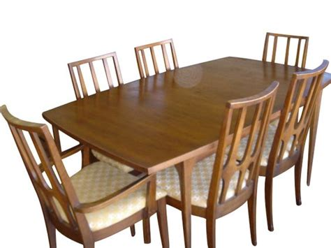 a set of broyhill brasilia dining table 6 chairs price