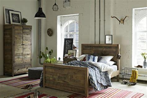 Beautiful Bedroom Table Ls by 58 Beautiful Bedroom Ideas Loveproperty