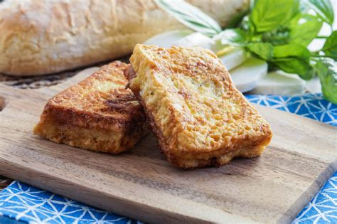 mozzarella in carrozza napoletana cucina napoletana cookbook review and mozzarella in