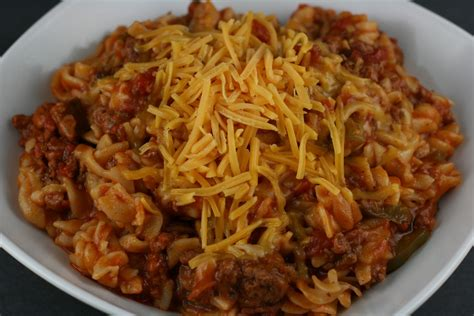 american chop suey american chop suey macaroni and beef slow cooker recipe a year of slow cooking