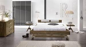 Schlafzimmer Komplett Mit Aufbauservice : trendiges schlafzimmer mit akazienbett im industrialstil molina ~ Bigdaddyawards.com Haus und Dekorationen