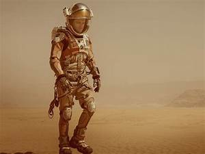 The fake spacesuits in 'The Martian' are almost as ...