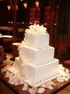 wedding decoration inexpensive wedding cakes