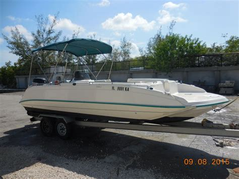 Key West Deck Boats by Islamorada Boat Rentals Floida