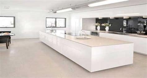 cuisine design avec ilot central cuisine blanche avec îlot central design