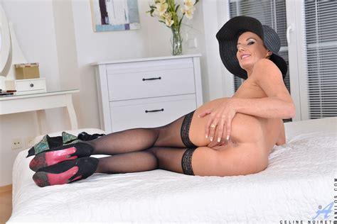 Naughty Cougar Celine Noiret In Lingerie Glamour Seduction