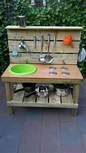 Küche Aus Paletten : outdoor k che m bel aus paletten matschk che pinterest k chen m bel m bel aus paletten ~ Eleganceandgraceweddings.com Haus und Dekorationen