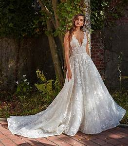 Eve of milady bridal wedding dress collection fall 2018 for Wedding dress photos