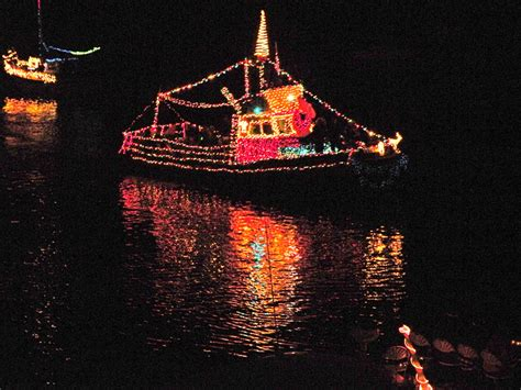 Morro Bay Boat Parade 2017 by Winter In Morro Bay San Luis Obispo County Visitors