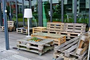 Einzelbetten Aus Holz : wohnzimmer mit holz dachschr ge ~ Markanthonyermac.com Haus und Dekorationen