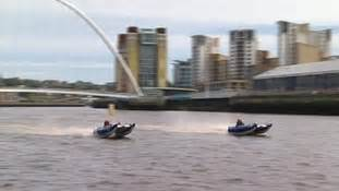 Formula Boats Newcastle by Speed Boat Racing On The Tyne Itv News