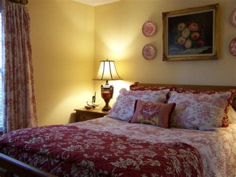 country french cottage master bedroom decorating ideas