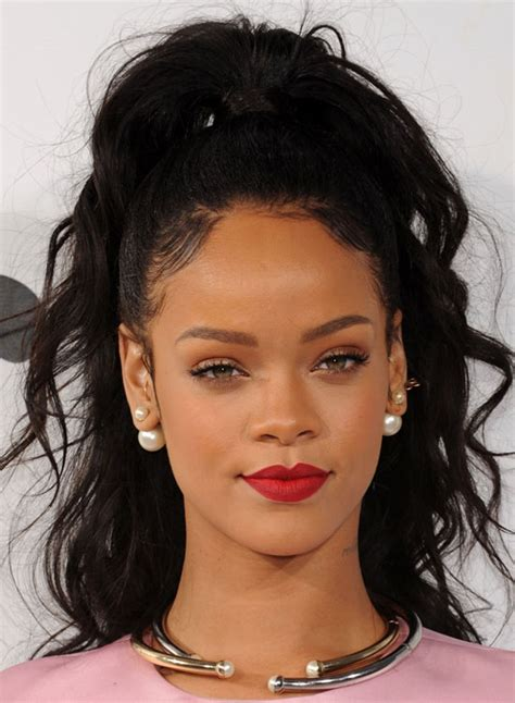 Rihanna Hairstyles by 25 Most Iconic Rihanna Hairstyles And Haircuts