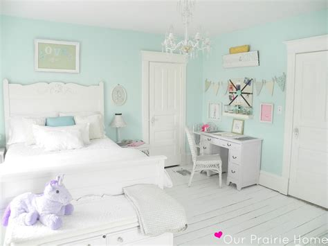 mint green bedroom decor mint girl s room i want to do c s room with white washed 16204 | 7fa9a2eeb5f44f8768b931e47d269bcd