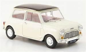 Mini Cooper Blanche : austin mini cooper miniature blanche noire rhd 1961 ebbro 1 43 voiture ~ Maxctalentgroup.com Avis de Voitures