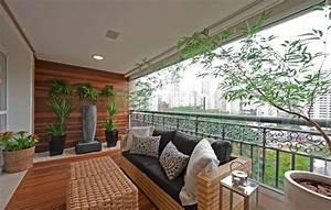 amenagement balcon mobilier et plantes accueillants la nature With tapis moderne avec mini canapé balcon