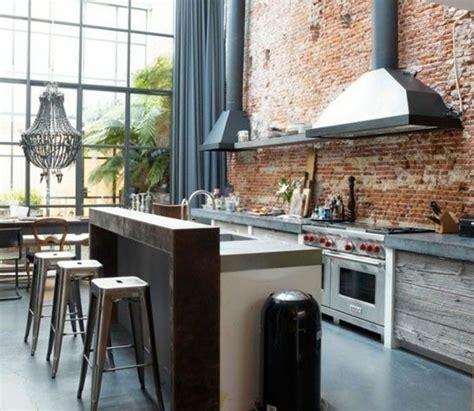 cuisine dans loft cuisine industrielle l 39 élégance brute en 82 photos