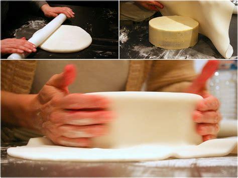 photo en pate a sucre initiation au cake design