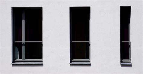 Fensterrahmen Aus Holz Kunststoff Oder Aluminium by Fensterrahmen 220 Bersicht Preise