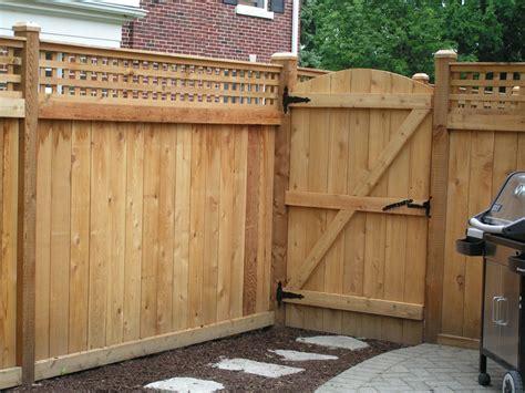 Fence - Gate : Cedar Fences-cardinal Fence & Supply, Inc