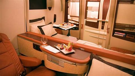 B&g Home Interiors : Old Singapore Airlines Airbus A380 Superjumbos May Be