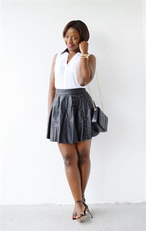 Outfit with studded Leather skirt