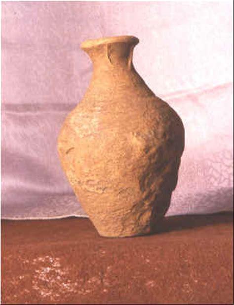 antichi vasi funebri dell