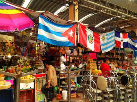 los  mercados de la ciudad de mexico  todos deben