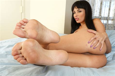 Anissa Kate Loves Dick In Her Ass And Between Her Soles