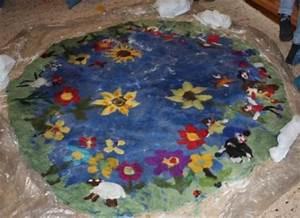Teppich Filzen Anleitung : einen teppich filzen einzelaktionen des klassenlehrers ~ Lizthompson.info Haus und Dekorationen