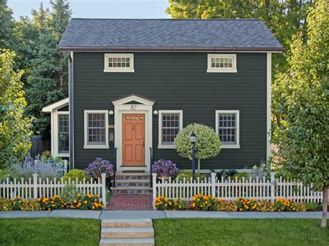 Curb Appeal And Landscaping Ideas From Across The Country