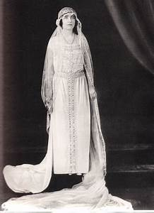 the royal bridal gown of queen elizabeth nee bowes lyon With queen elizabeth wedding dress