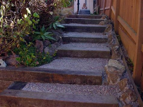 4 Ideas Of Retaining Wall Railroad Ties