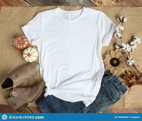 Whether you're a global ad agency or a freelance. Mockup Shirt Stock Photos - Download 8,052 Images