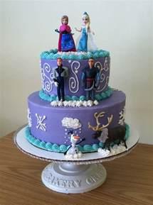 deco chaise mariage le gâteau reine des neiges 50 idées originales