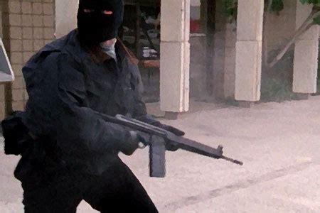 ノース ハリウッド 銀行 強盗 事件