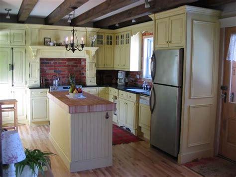 armoire de cuisine en pin armoires de cuisine et salle de bain meubles et design