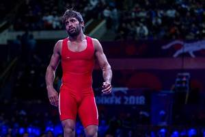 CWG 2018: Wrestler Bajrang Punia wins gold in 65kg, India ...