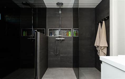 paroi de salle de bain la salle de bain d 233 co noir de style moderne et contemporain