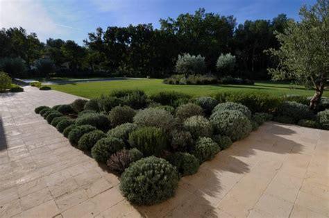 chambres d h es en provence emejing amenager jardin en provence photos design