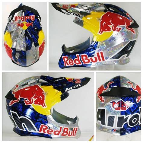 red bull motocross helmet marvin musquin airoh red bull capacetes pinterest