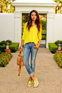 VivaLuxury - Fashion Blog by Annabelle Fleur Mellow Yellow a Day with My Family)
