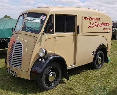 Morris J-type Van-1952 Uk