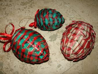 ribbon   pretty pinecone ornaments matt  shari